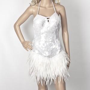 שמלת ברבור לבן