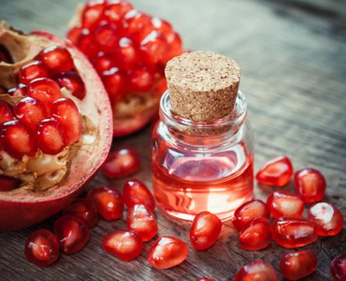 שמן זרעי רימונים - נוגד החמצון החזק של הטבע, לשימוש חיצוני ופנימי