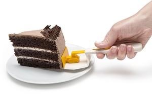 Cakedozer - כף הגשה לעוגה דחפור