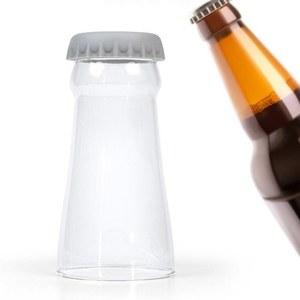 כוס בירה בעיצוב בקבוק בירה הפוך