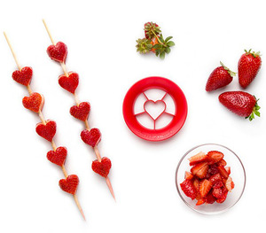 חותכן תותים Sweet Heart | פלג דיזיין