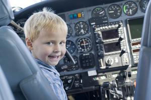טיסת כיף לילדים /טיסת בר מצווה