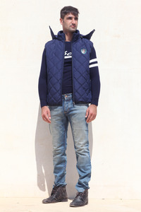 puffy vest with tag Canavaro