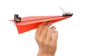 Power Up - מטוס נייר בחיבור ל iPhone