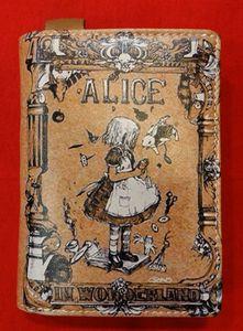 Chun And Dahl ארנק עור - Alice In Wonderland 904