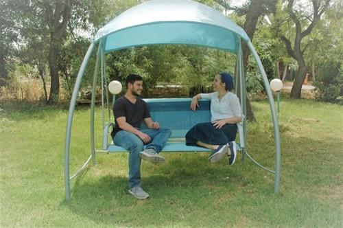 נדנדה לגינה טופרוסול 3 מושבים דגם איביזה - מהתצוגה