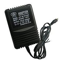 מכשיר האזנה בתוך שנאי חשמלי לקיר